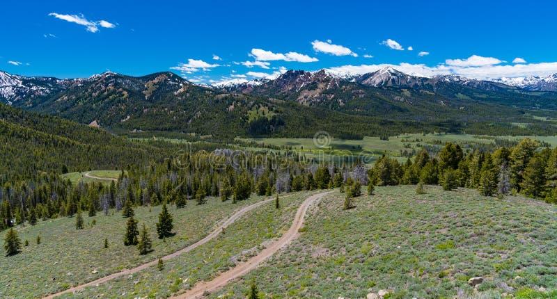 Übersehen Sie auf dem Sägezahn-szenischen Seitenweg, Idaho stockfotos