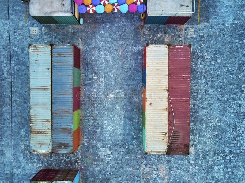 Übersteigen Sie hinunter Ansicht eines Behältermarktes in Kambodscha Asien lizenzfreie stockbilder