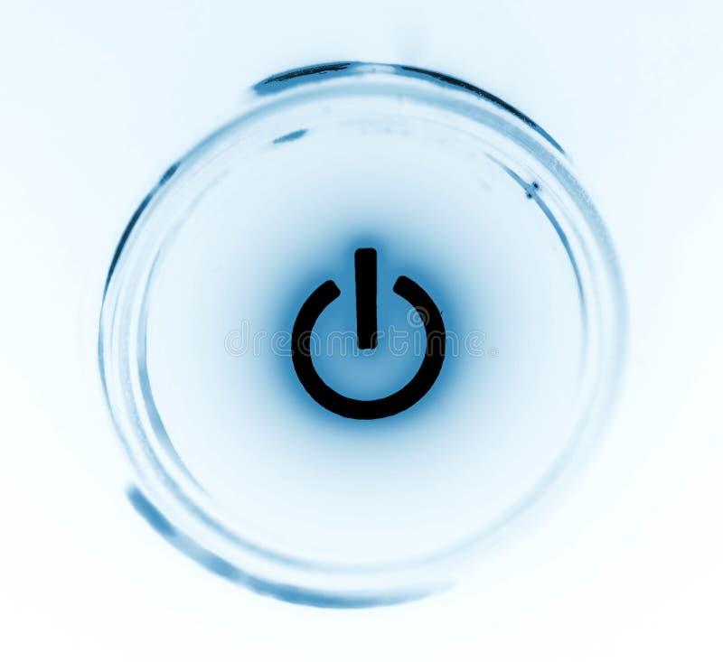 Überwachen Sie Leistungtastennahaufnahme in der Schwärzung stockfoto