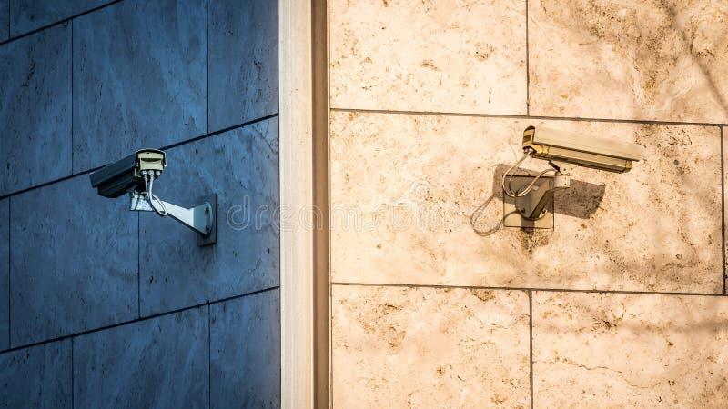 Überwachungskameras stockfotografie