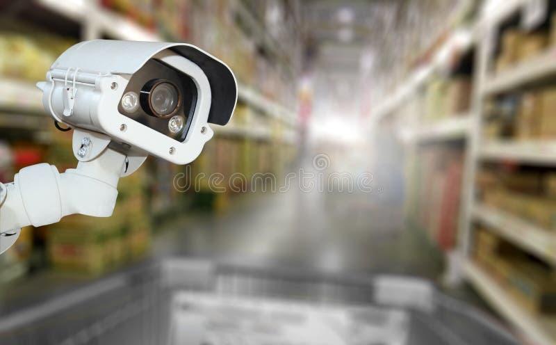 Überwachungskamerasystemsicherheit im Einkaufszentrumsupermarkt-Unschärfeba stockbilder