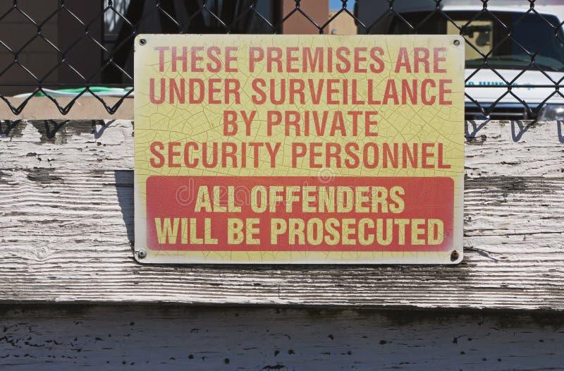 Überwachungzeichen stockbilder