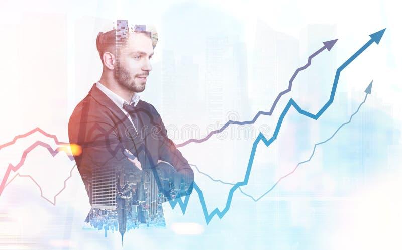 Überzeugte bärtige Geschäftsmanndiagramm-Hologrammstadt stockfotografie