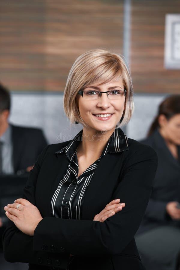 Überzeugte Geschäftsfrau stockbilder