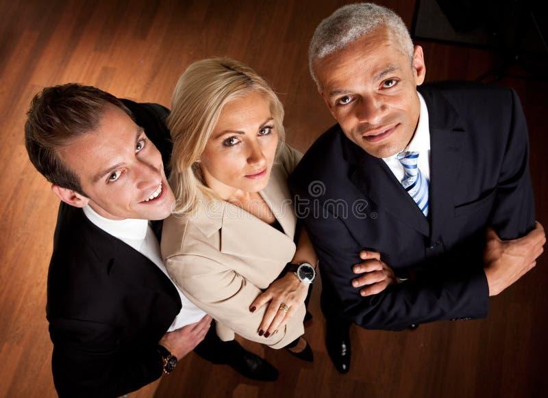 Überzeugte Geschäftsleute stockfotografie