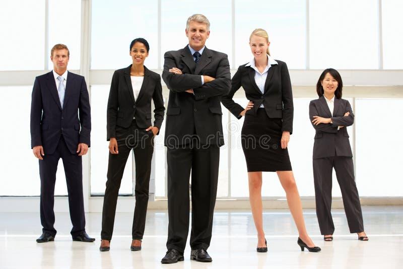 Überzeugte Geschäftsleute lizenzfreies stockfoto