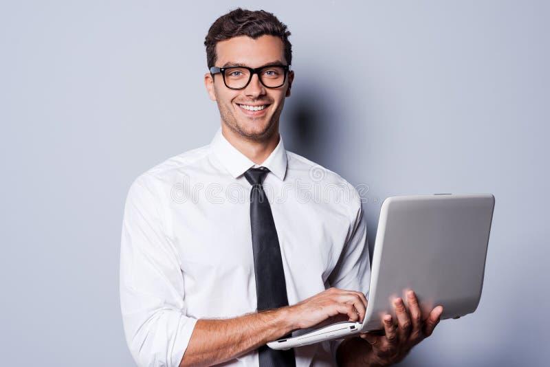 Überzeugter IT-Experte lizenzfreies stockbild
