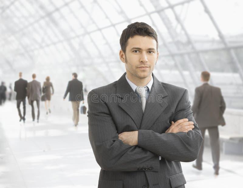 Überzeugter Geschäftsmann lizenzfreies stockbild