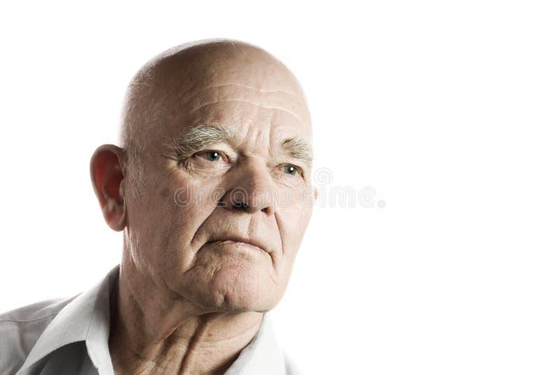Überzeugter schauender älterer Mann lizenzfreie stockfotos