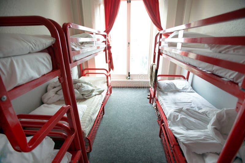 Łóżka w pokój hotelowy zdjęcia stock