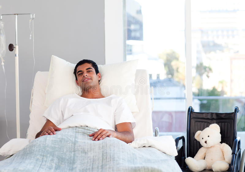 łóżkowy latynoski cierpliwy target1806_0_ zdjęcie stock