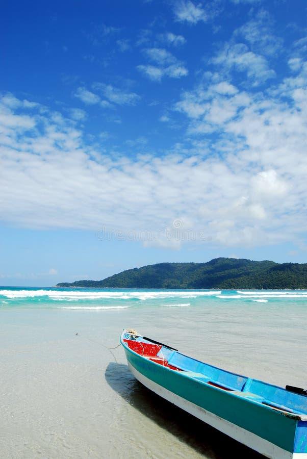 Download łódź obraz stock. Obraz złożonej z krajobraz, natura - 13327421
