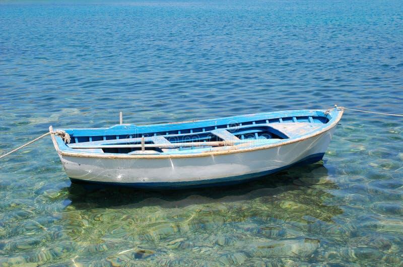 łódź osamotniona obrazy royalty free