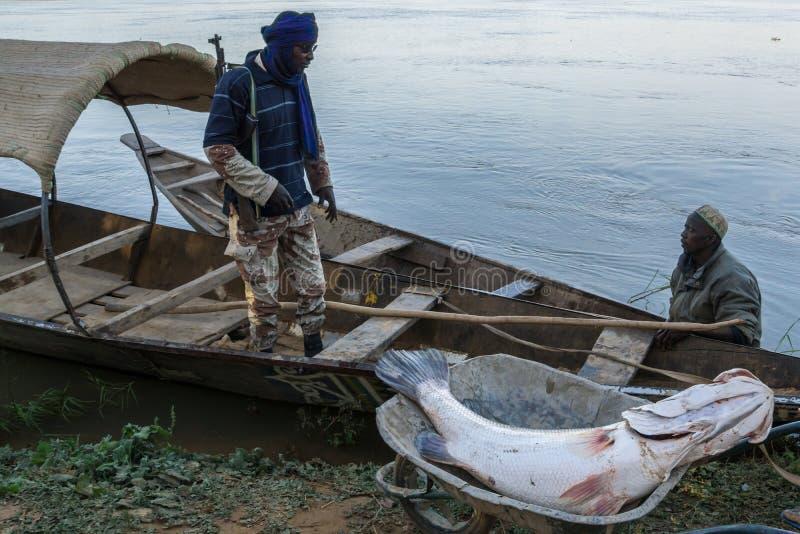 Łódź rybacka na Niger rzece, Niger zdjęcie royalty free