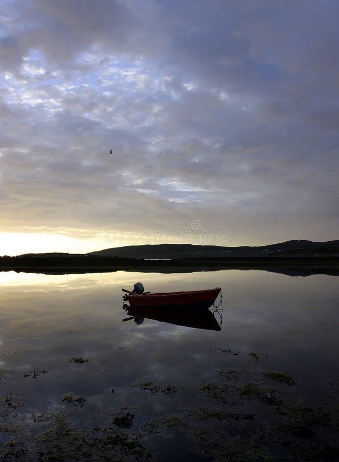 łódź samotna fotografia stock