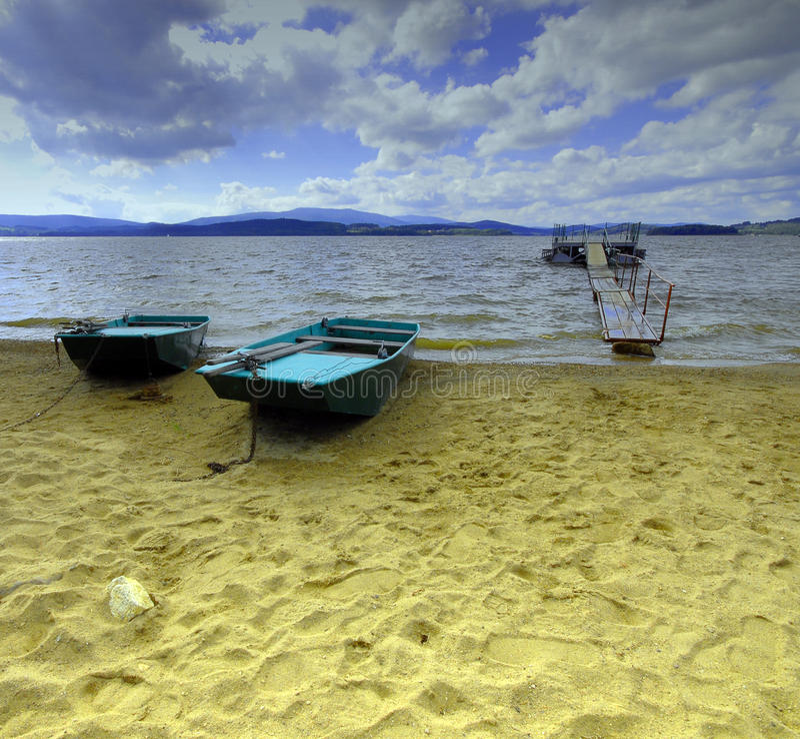 łódkowatego czeskiego promu jeziorna lipno republika dwa zdjęcie royalty free