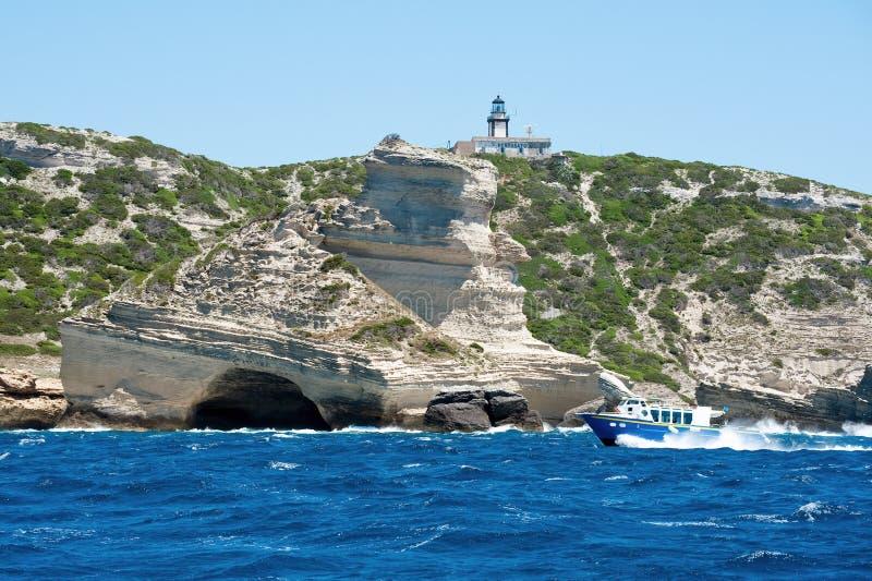 łódkowaty latarni morskiej pertusato turysta zdjęcia stock