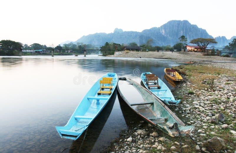 łódkowaty vang vieng obraz royalty free