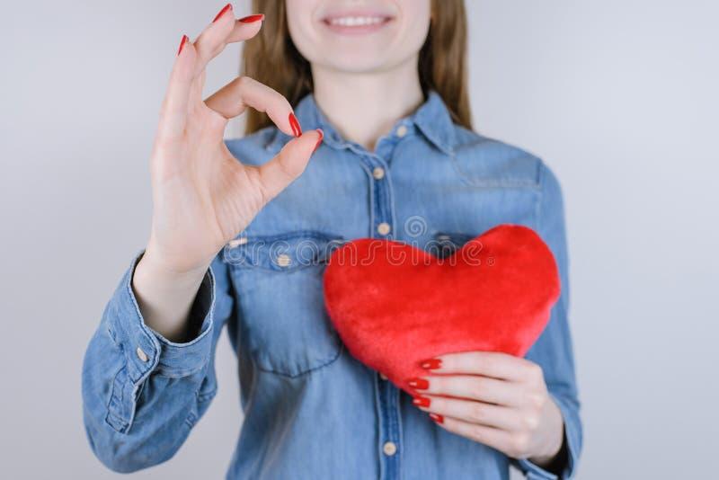 Łączy zmartwionego wybacza przeprosiny daktylowa dzień dobroczynność daruje organowego życie on fotografia stock