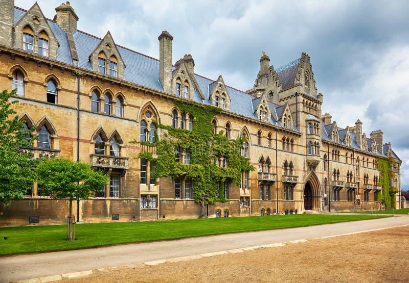 Łąkowy budynek christ kościół ogródu pamiątkowa Oxford uk wojna uniwersytet w oksfordzie england zdjęcia stock