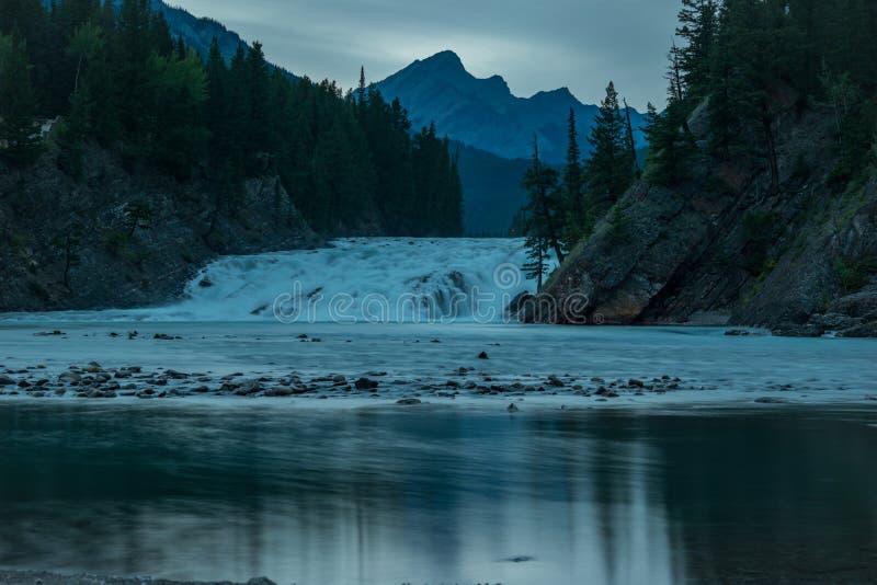 Łęk rzeki spadki fotografia royalty free