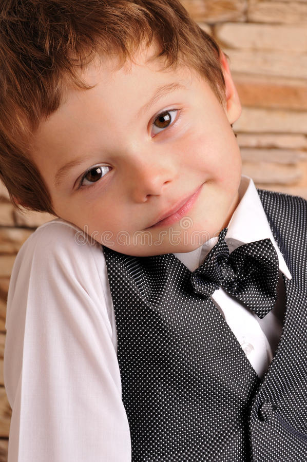 łęku chłopiec kostiumu krawat fotografia royalty free