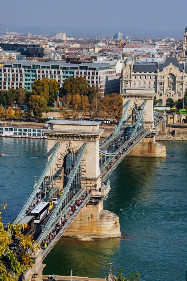Łańcuszkowy most przez Danube w Budapest, Węgry, Europa obrazy royalty free
