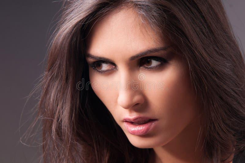 Ładna kobieta z fantastycznym kosmetycznym obrazkiem zdjęcie stock