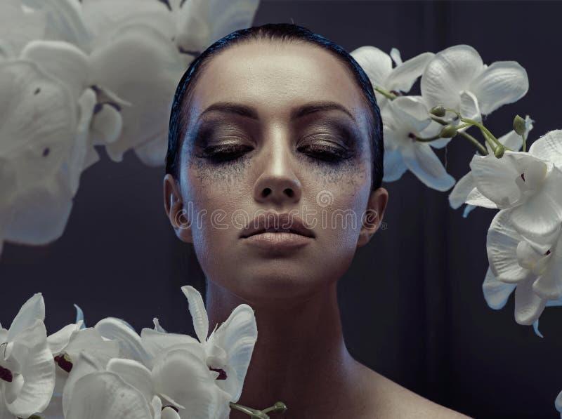 Ładna kobieta z galanteryjnym makeup obrazy royalty free