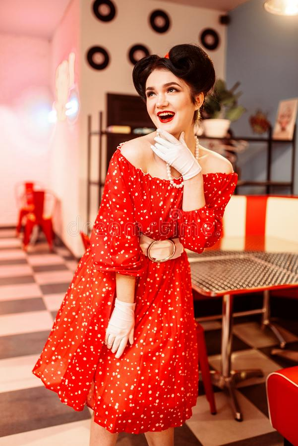 Ładna szpilki kobieta z makijażem, rocznika styl zdjęcie royalty free