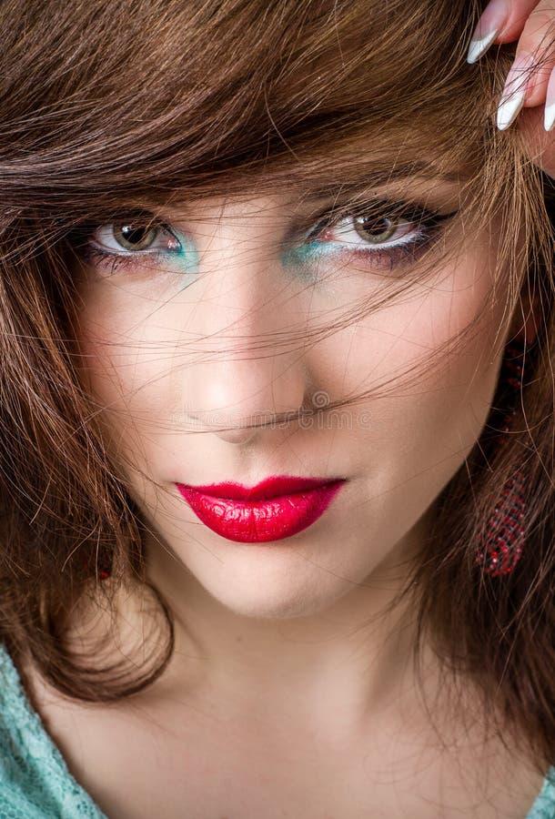 Ładna twarz Blond kobieta z Uzupełniał obraz royalty free