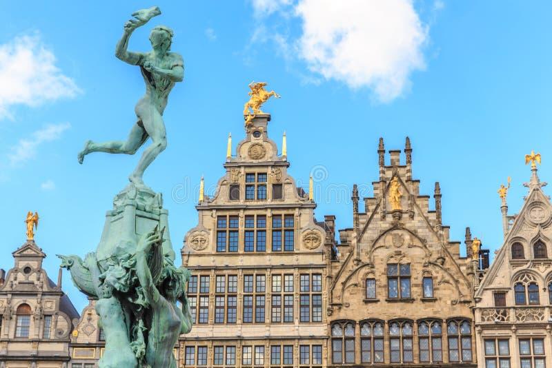 Ładni domy w starym miasteczku Antwerp zdjęcie royalty free