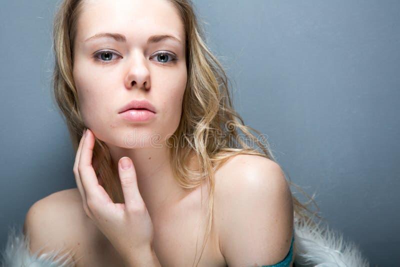 Ładny kobieta portret zdjęcia royalty free
