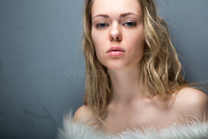 Ładny kobieta portret obrazy royalty free