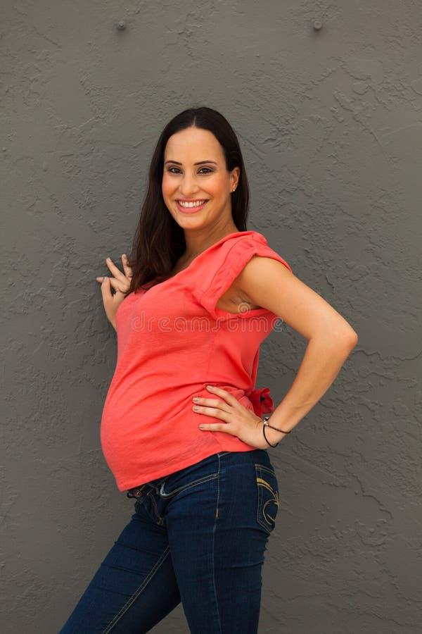 Ładny kobieta w ciąży zdjęcie stock