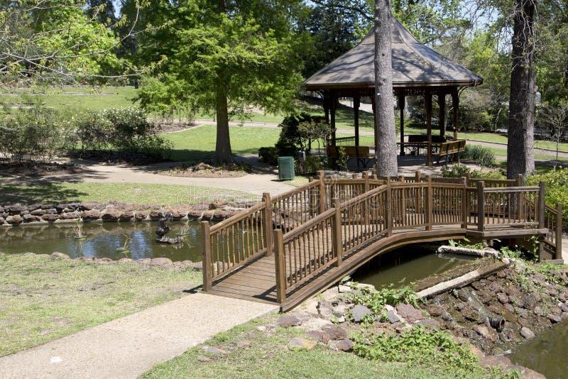 Ładny krajobrazu projekt w róża parku Tyler zdjęcie royalty free
