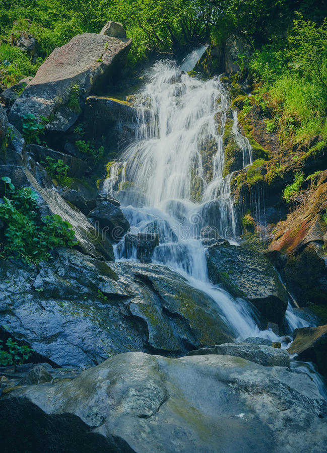 Ładny piękny halny strumień obrazy stock
