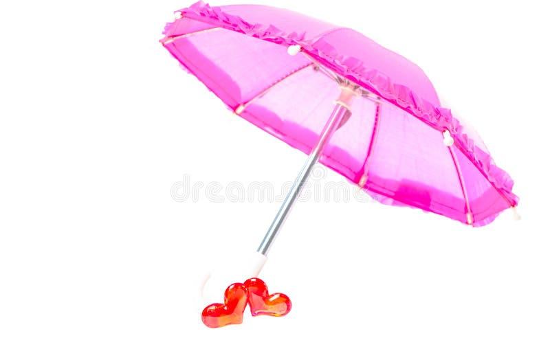 Download Ładny Różowy Parasol Z Dwa Sercami Zdjęcie Stock - Obraz złożonej z zobowiązanie, sunshade: 28964822