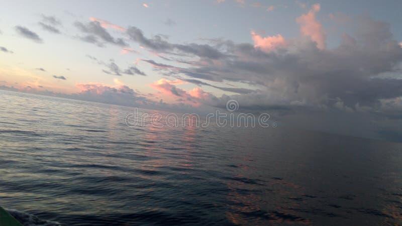 Ładny słońce w wieczór zdjęcia royalty free