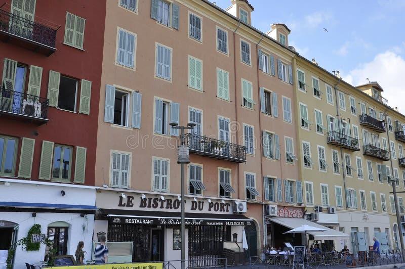 Ładny, 5th Wrzesień: Restauracyjny Le Bistrot Du port na Quai Lunel w Portowym Lympia Ładny zdjęcie royalty free