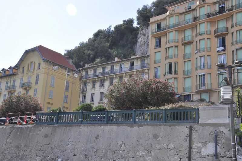 Ładny, 5th Wrzesień: Rząd Historyczni budynki na Quay Lunel od Ładnego Francuski Riviera zdjęcie stock