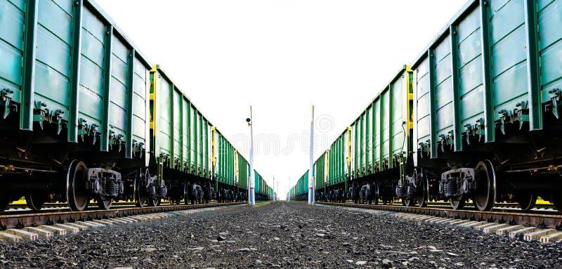 Ładunku pociąg towarowy zdjęcia stock