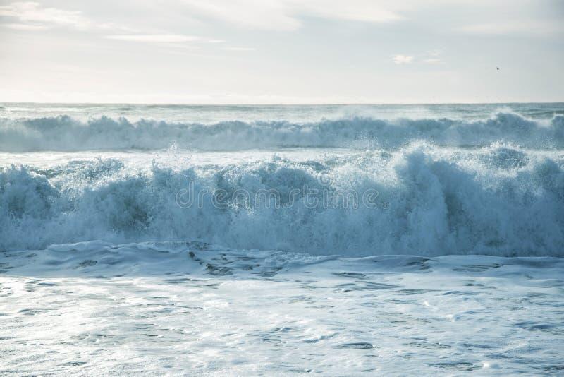 łamania oceanu fala obrazy stock