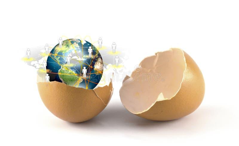 Łamany jajko z ziemią ogólnospołeczna sieć zdjęcie stock