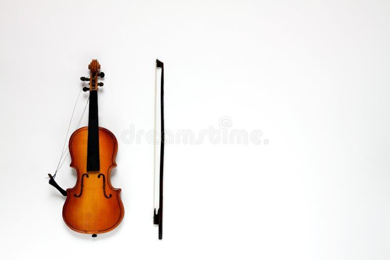 Łamany skrzypce i łęk obraz royalty free