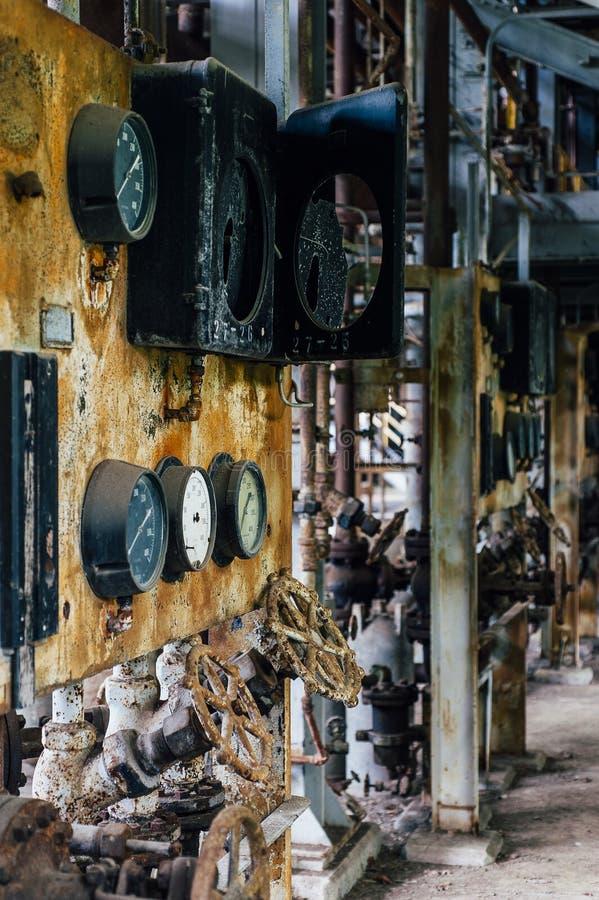 Łamany wymiernik Zaniechanego Indiana wojska Amunicyjna zajezdnia - Indiana - wykolejeniec Węglowa elektrownia - obrazy royalty free