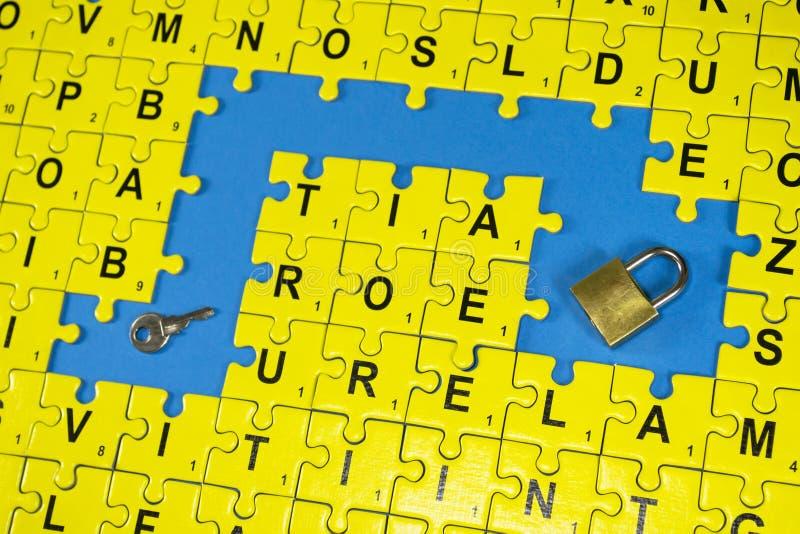Łamigłówki listy, klucz i kędziorek, obrazy royalty free