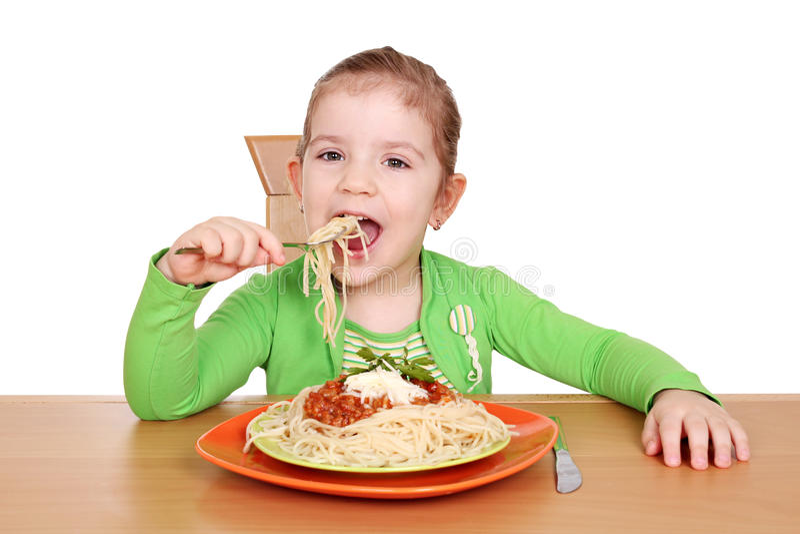 łasowania dziewczyny głodny mały spaghetti zdjęcie royalty free