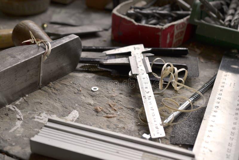 Ławki strugarki kąta cieśli pomiarowy narzędziowy cabinetmaker fotografia royalty free