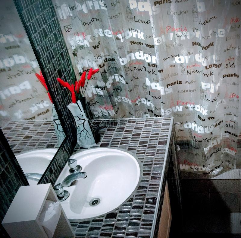 łazienka domowy toaletowy hotel zdjęcia stock